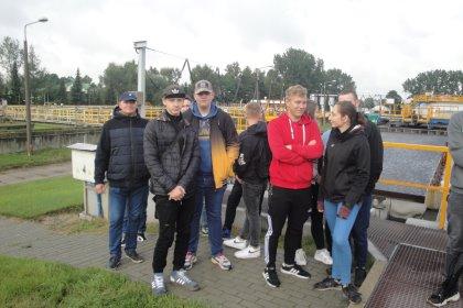 Młodzież Zespołu Szkół i Placówek im. H. Kołłątaja w Zawierciu odwiedziła Oczyszczalnię Ścieków